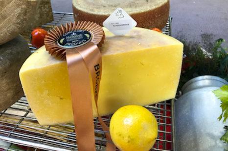 #pilulasdequeijo Fala Osvaldinho, o poeta do queijo d'Alagoa